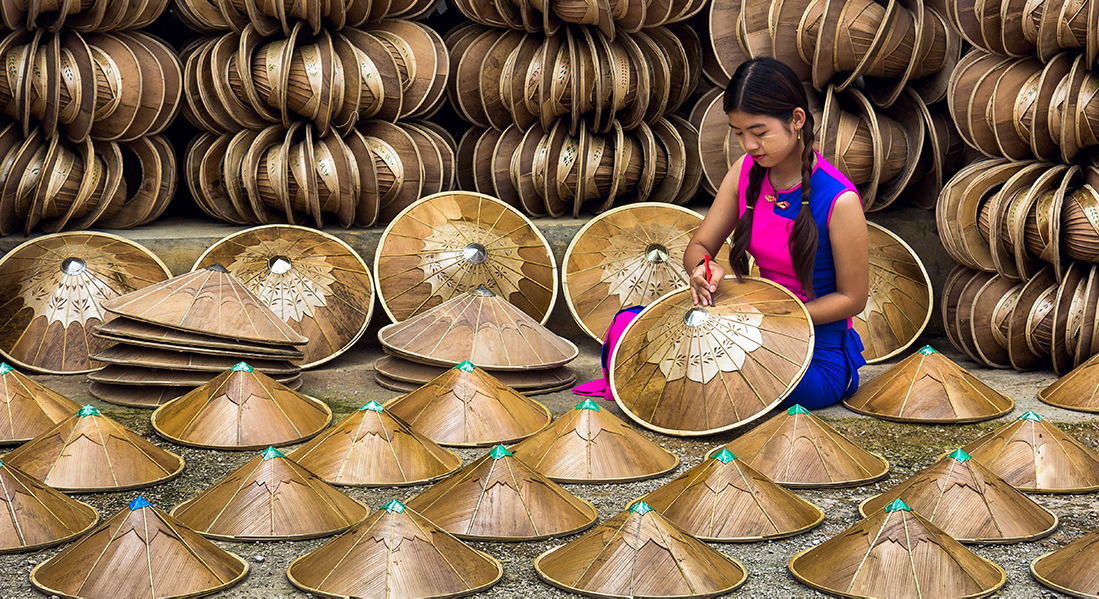 Handcrafting in Myanmar